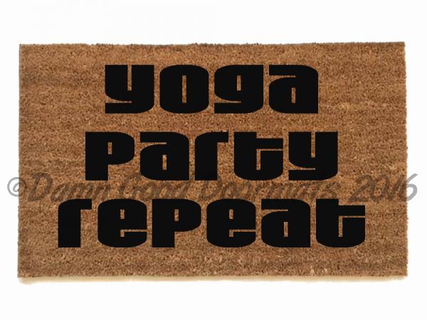 Yoga Party Repeat doormat