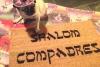 Shalom Compadres™ Jewish Spanish funny doormat