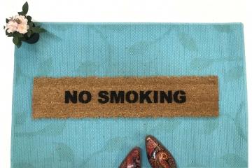 NO SMOKING doormat