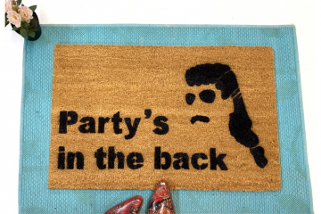 Party's in the back™ funny MULLET doormat