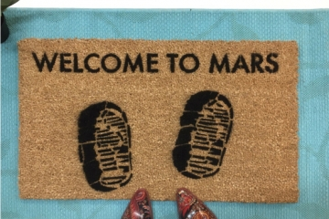 Welcome to Mars space X doormat