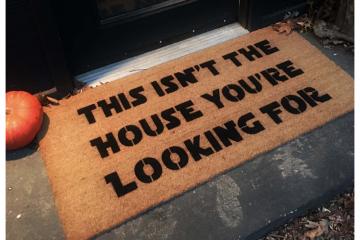 Isn't the house you're looking for™ Obi Wan funny nerd doormat