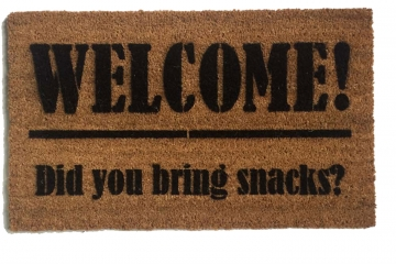 Welcome Did you bring SNACKS?™ funny foodie doormat